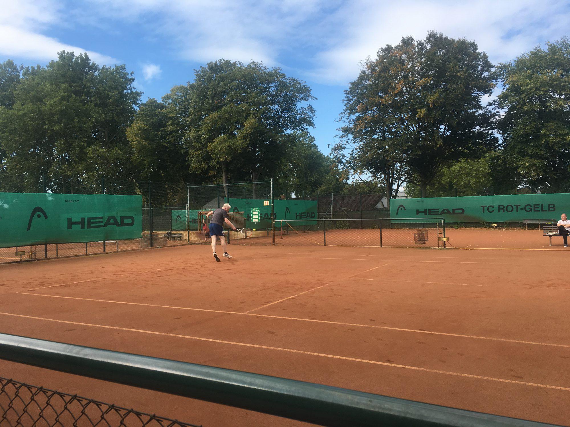 Rot Weiss Tennis